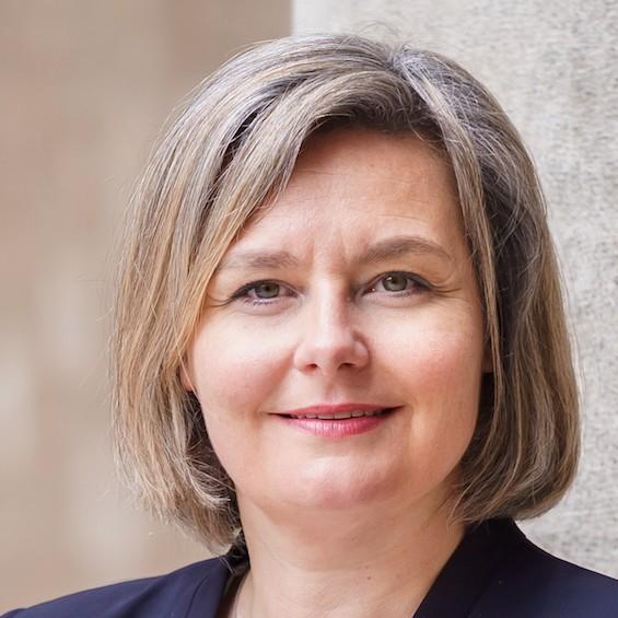 Dr. Viera Pirker