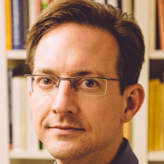 Dr. Oliver Wäckerlig